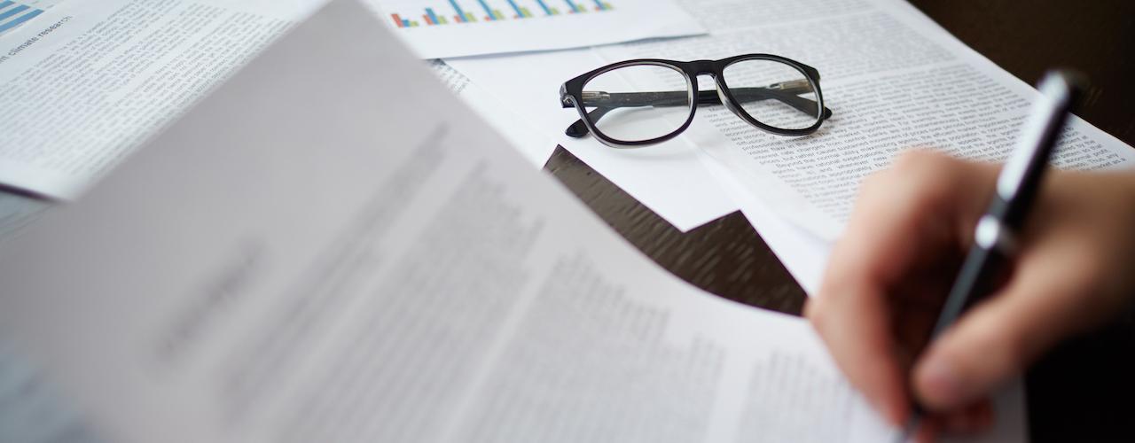 Los documentos previos necesarios para llevar a cabo la contratación